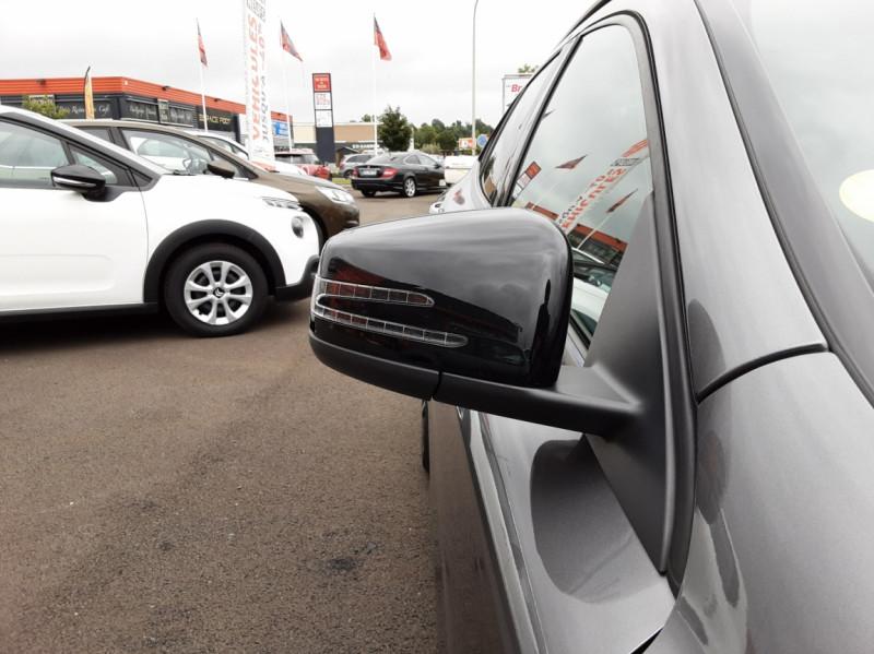 Photo 29 de l'offre de MERCEDES-BENZ CLASSE GLA 200 d Fascination 7-G DCT A à 26500€ chez Centrale auto marché Périgueux