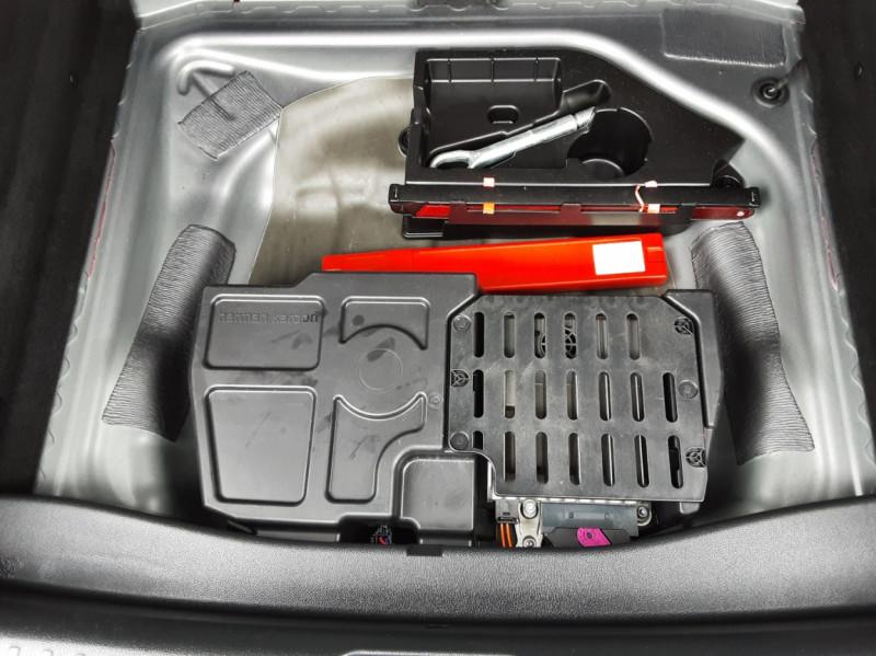Photo 17 de l'offre de MERCEDES-BENZ CLASSE GLA 200 d Fascination 7-G DCT A à 26500€ chez Centrale auto marché Périgueux
