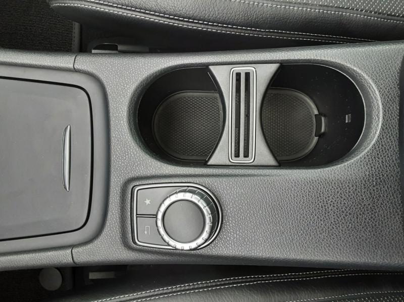 Photo 38 de l'offre de MERCEDES-BENZ CLASSE GLA 200 d Fascination 7-G DCT A à 26500€ chez Centrale auto marché Périgueux