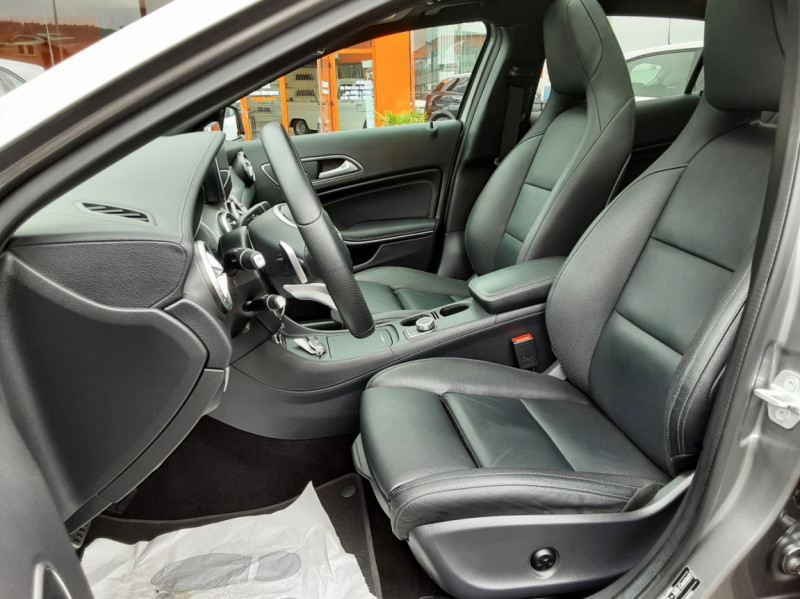 Photo 10 de l'offre de MERCEDES-BENZ CLASSE GLA 200 d Fascination 7-G DCT A à 26500€ chez Centrale auto marché Périgueux