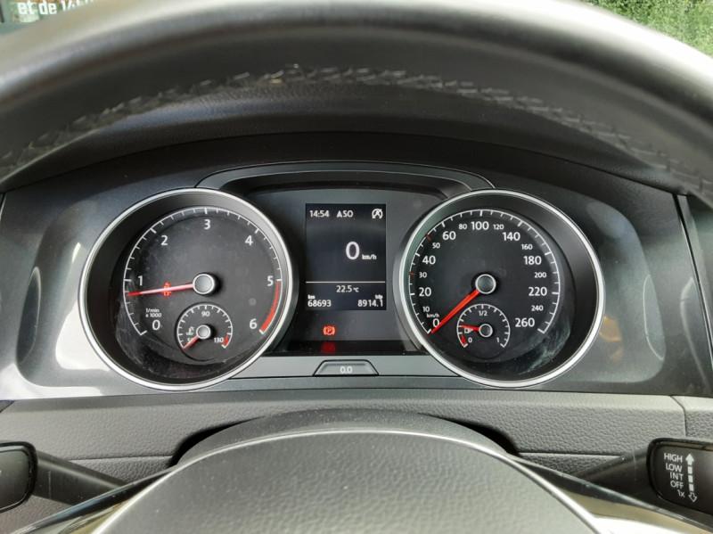 Photo 40 de l'offre de VOLKSWAGEN GOLF 7  TDI 115 BMT FAP Confortline Business à 17800€ chez Centrale auto marché Périgueux