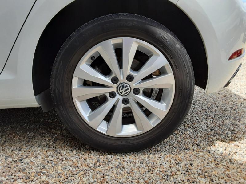 Photo 45 de l'offre de VOLKSWAGEN GOLF 7  TDI 115 BMT FAP Confortline Business à 17800€ chez Centrale auto marché Périgueux