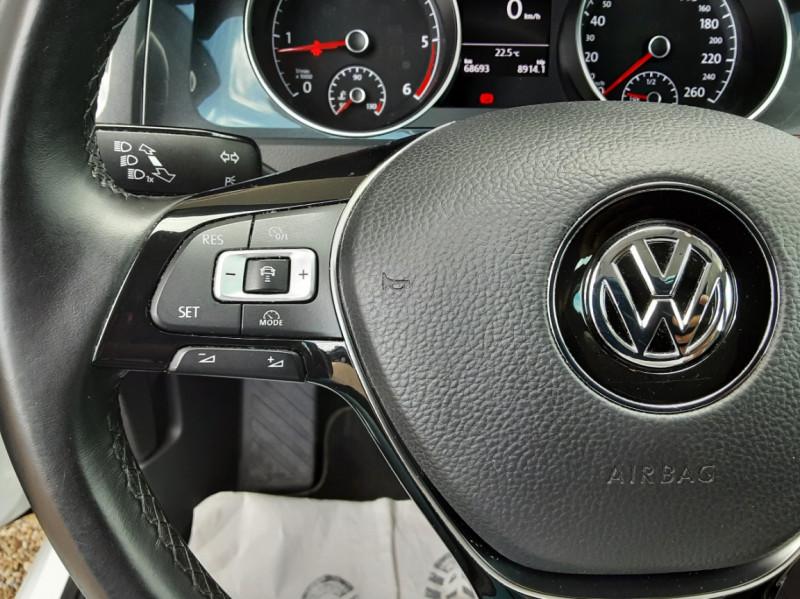 Photo 31 de l'offre de VOLKSWAGEN GOLF 7  TDI 115 BMT FAP Confortline Business à 17800€ chez Centrale auto marché Périgueux