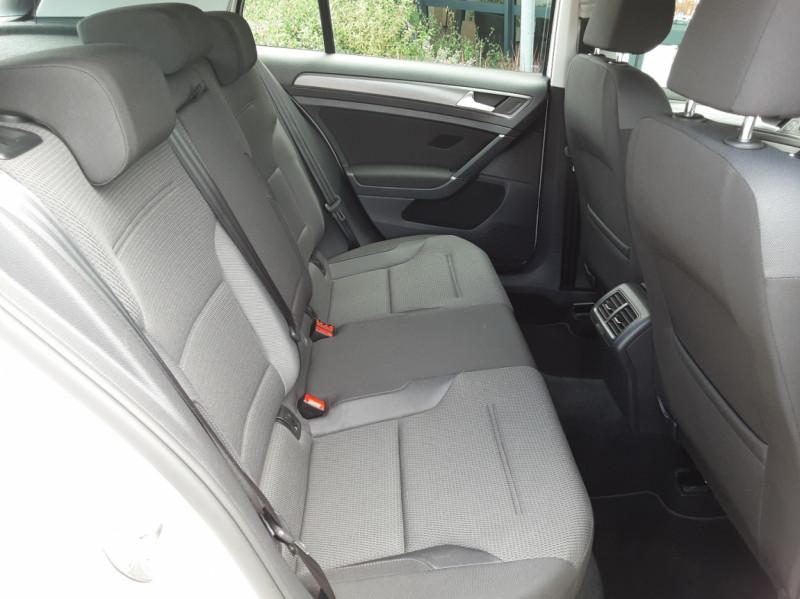 Photo 13 de l'offre de VOLKSWAGEN GOLF 7  TDI 115 BMT FAP Confortline Business à 17800€ chez Centrale auto marché Périgueux