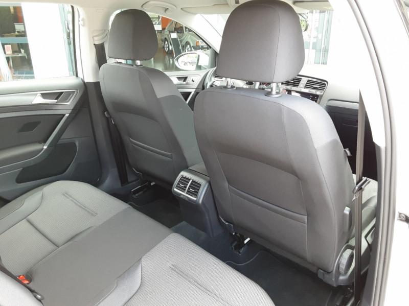 Photo 18 de l'offre de VOLKSWAGEN GOLF 7  TDI 115 BMT FAP Confortline Business à 17800€ chez Centrale auto marché Périgueux