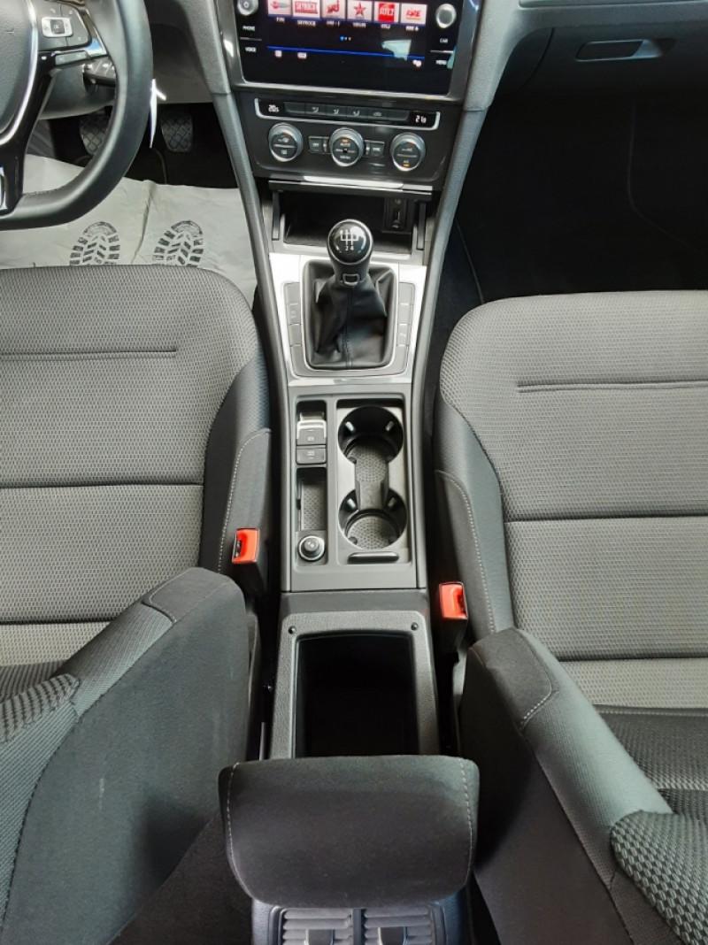 Photo 25 de l'offre de VOLKSWAGEN GOLF 7  TDI 115 BMT FAP Confortline Business à 17800€ chez Centrale auto marché Périgueux