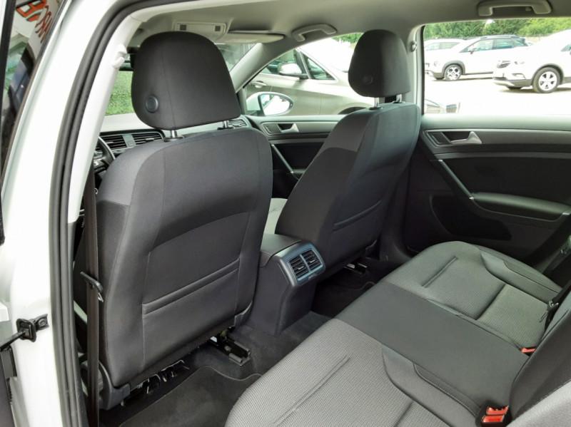 Photo 27 de l'offre de VOLKSWAGEN GOLF 7  TDI 115 BMT FAP Confortline Business à 17800€ chez Centrale auto marché Périgueux