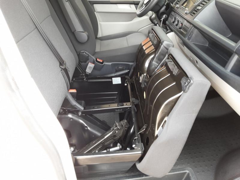 Photo 23 de l'offre de VOLKSWAGEN TRANSPORTER L1H1 2.0 TDI 150 BUSINESS à 19990€ chez Centrale auto marché Périgueux