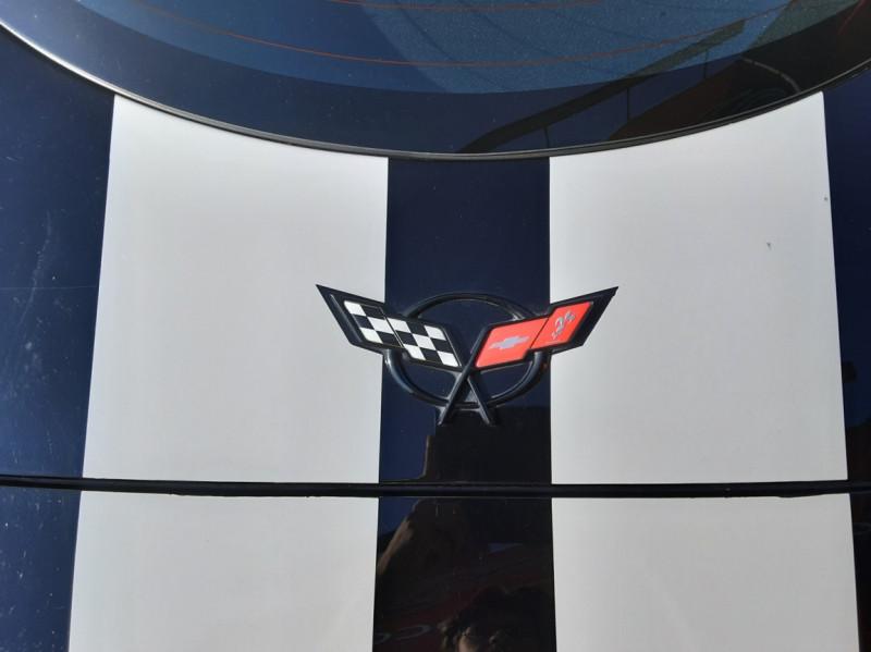 Photo 32 de l'offre de CHEVROLET CORVETTE Cabriolet 5.7 V8 A à 24500€ chez Centrale auto marché Périgueux