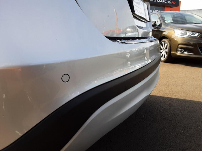 Photo 27 de l'offre de MERCEDES-BENZ CLASSE GLA 200 d Inspiration 7-G DCT A à 21800€ chez Centrale auto marché Périgueux