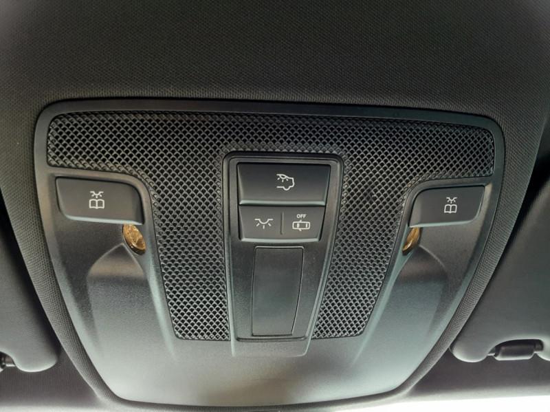 Photo 42 de l'offre de MERCEDES-BENZ CLASSE GLA 200 d Inspiration 7-G DCT A à 21800€ chez Centrale auto marché Périgueux
