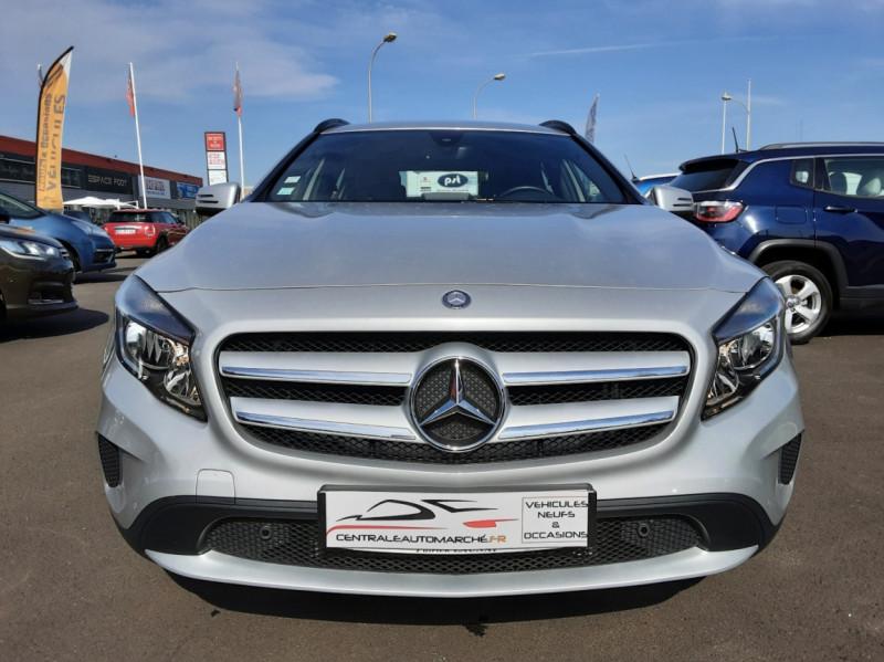 Photo 3 de l'offre de MERCEDES-BENZ CLASSE GLA 200 d Inspiration 7-G DCT A à 21800€ chez Centrale auto marché Périgueux