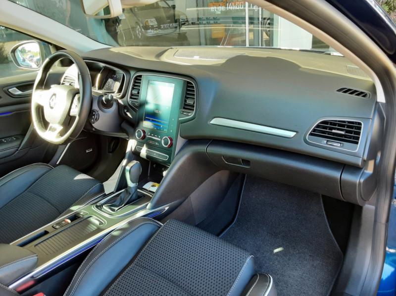 Photo 31 de l'offre de RENAULT MEGANE IV Berline Blue dCi 115 EDC Intens à 17990€ chez Centrale auto marché Périgueux