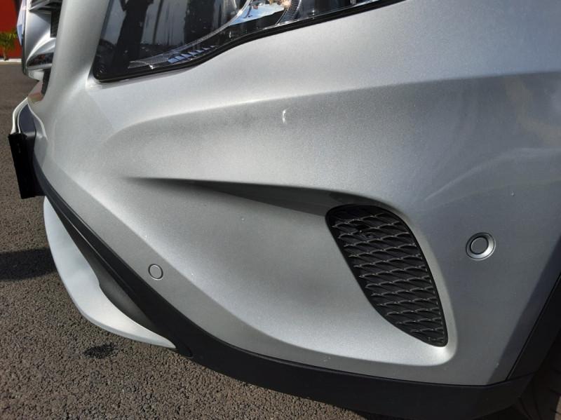 Photo 18 de l'offre de MERCEDES-BENZ CLASSE GLA 200 d Inspiration 7-G DCT A à 21800€ chez Centrale auto marché Périgueux