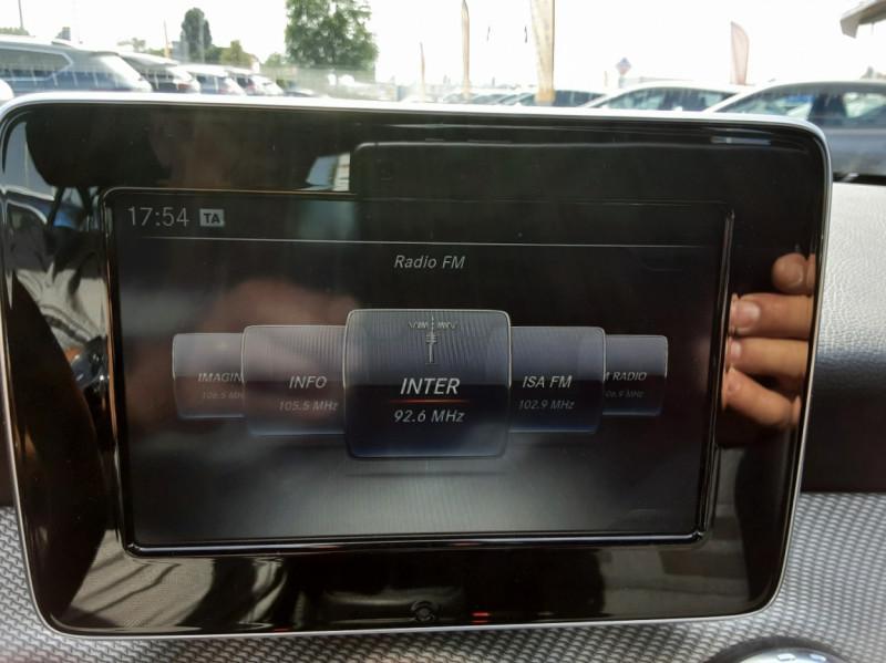 Photo 32 de l'offre de MERCEDES-BENZ CLASSE GLA 200 d Inspiration 7-G DCT A à 21800€ chez Centrale auto marché Périgueux