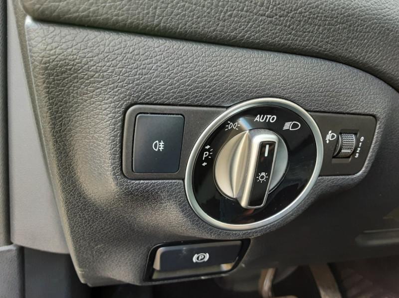 Photo 38 de l'offre de MERCEDES-BENZ CLASSE GLA 200 d Inspiration 7-G DCT A à 21800€ chez Centrale auto marché Périgueux