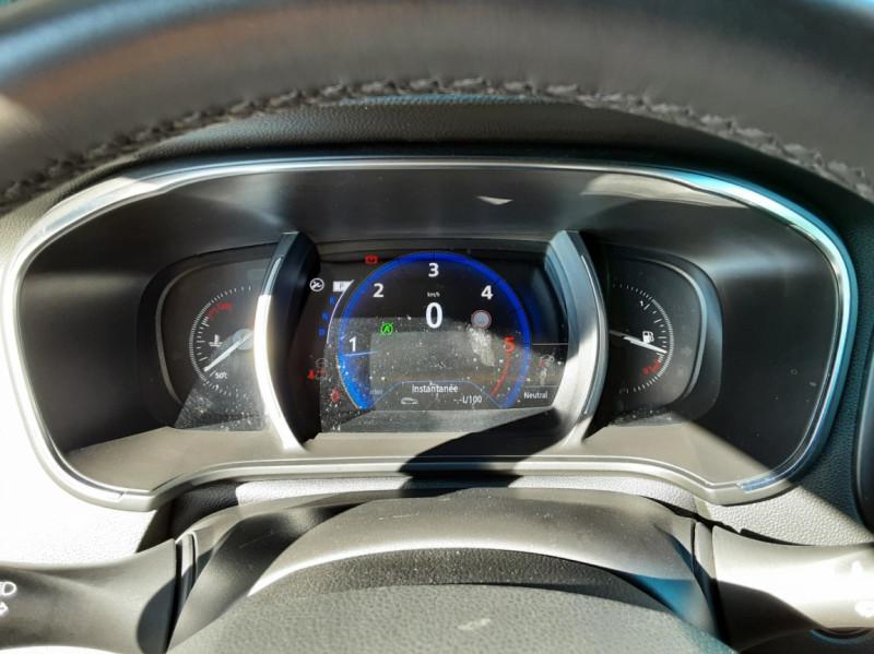 Photo 42 de l'offre de RENAULT MEGANE IV Berline Blue dCi 115 EDC Intens à 17990€ chez Centrale auto marché Périgueux