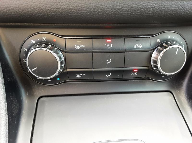 Photo 41 de l'offre de MERCEDES-BENZ CLASSE GLA 200 d Inspiration 7-G DCT A à 21800€ chez Centrale auto marché Périgueux