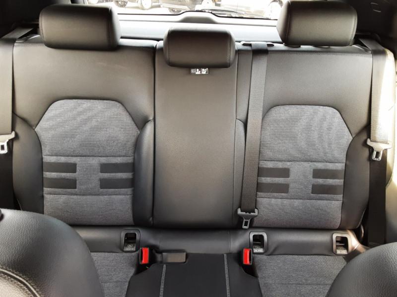 Photo 15 de l'offre de MERCEDES-BENZ CLASSE GLA 200 d Inspiration 7-G DCT A à 21800€ chez Centrale auto marché Périgueux