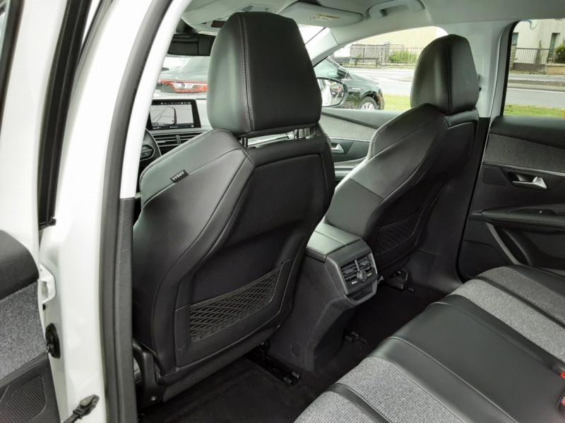 Photo 16 de l'offre de PEUGEOT 3008 1.6 BlueHDi 120ch SetS EAT6 Allure Business à 24990€ chez Centrale auto marché Périgueux