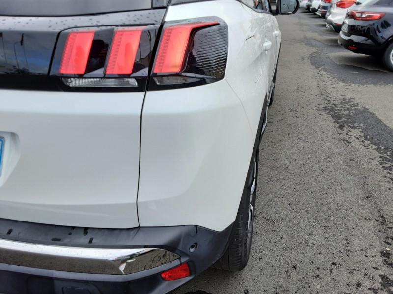 Photo 30 de l'offre de PEUGEOT 3008 1.6 BlueHDi 120ch SetS EAT6 Allure Business à 24990€ chez Centrale auto marché Périgueux