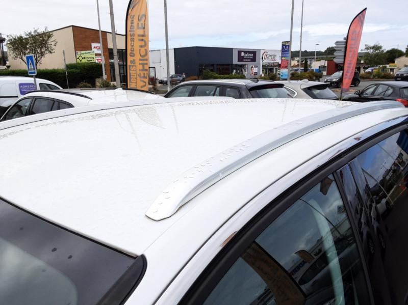 Photo 28 de l'offre de PEUGEOT 3008 1.6 BlueHDi 120ch SetS EAT6 Allure Business à 24990€ chez Centrale auto marché Périgueux