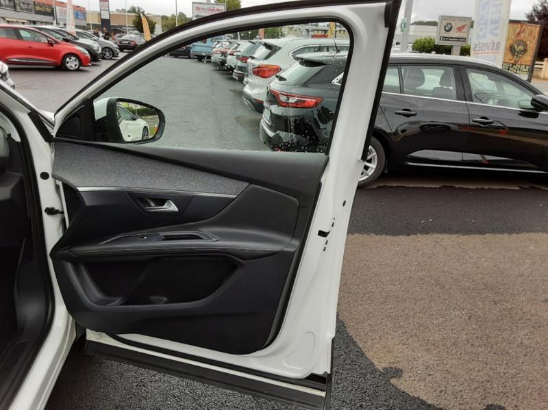 Photo 17 de l'offre de PEUGEOT 3008 1.6 BlueHDi 120ch SetS EAT6 Allure Business à 24990€ chez Centrale auto marché Périgueux