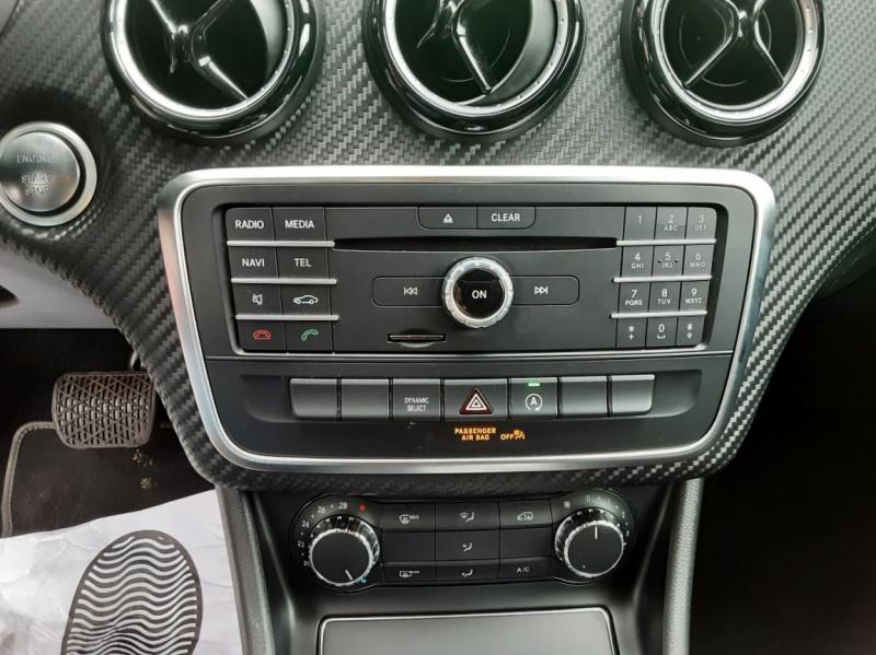 Photo 44 de l'offre de MERCEDES-BENZ CLASSE GLA 180 7-G DCT Intuition  à 24500€ chez Centrale auto marché Périgueux
