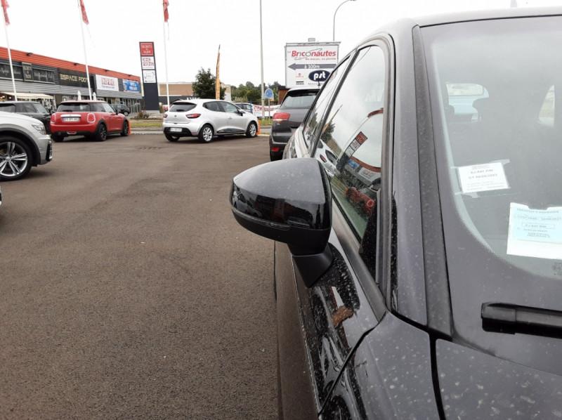 Photo 22 de l'offre de AUDI A3 Sportback 1.6 TDI 110 S tronic 7 à 18900€ chez Centrale auto marché Périgueux