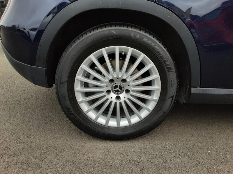 Photo 21 de l'offre de MERCEDES-BENZ CLASSE GLA 180 7-G DCT Intuition  à 24500€ chez Centrale auto marché Périgueux