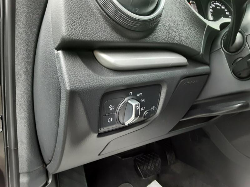 Photo 49 de l'offre de AUDI A3 Sportback 1.6 TDI 110 S tronic 7 à 18900€ chez Centrale auto marché Périgueux