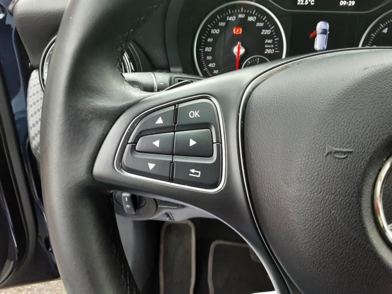 Photo 47 de l'offre de MERCEDES-BENZ CLASSE GLA 180 7-G DCT Intuition  à 24500€ chez Centrale auto marché Périgueux