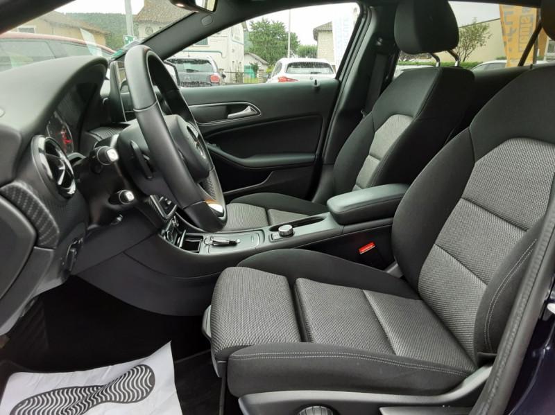 Photo 38 de l'offre de MERCEDES-BENZ CLASSE GLA 180 7-G DCT Intuition  à 24500€ chez Centrale auto marché Périgueux