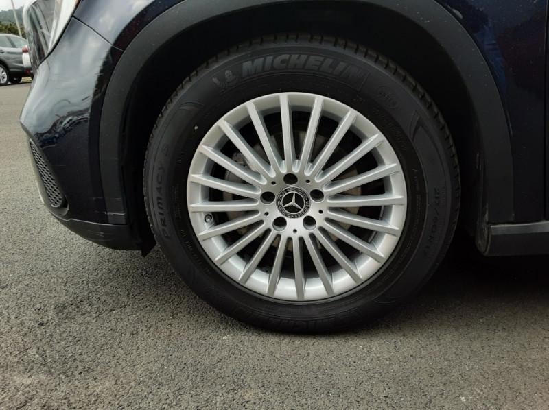Photo 24 de l'offre de MERCEDES-BENZ CLASSE GLA 180 7-G DCT Intuition  à 24500€ chez Centrale auto marché Périgueux