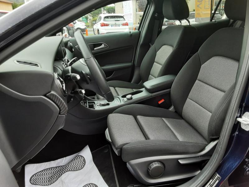 Photo 34 de l'offre de MERCEDES-BENZ CLASSE GLA 180 7-G DCT Intuition  à 24500€ chez Centrale auto marché Périgueux