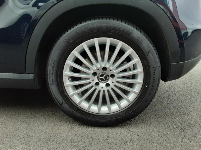 Photo 22 de l'offre de MERCEDES-BENZ CLASSE GLA 180 7-G DCT Intuition  à 24500€ chez Centrale auto marché Périgueux