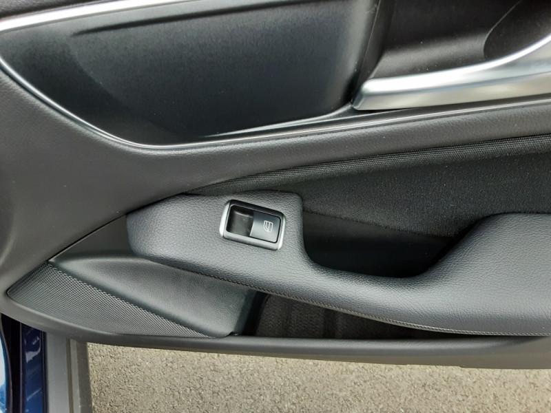 Photo 39 de l'offre de MERCEDES-BENZ CLASSE GLA 180 7-G DCT Intuition  à 24500€ chez Centrale auto marché Périgueux