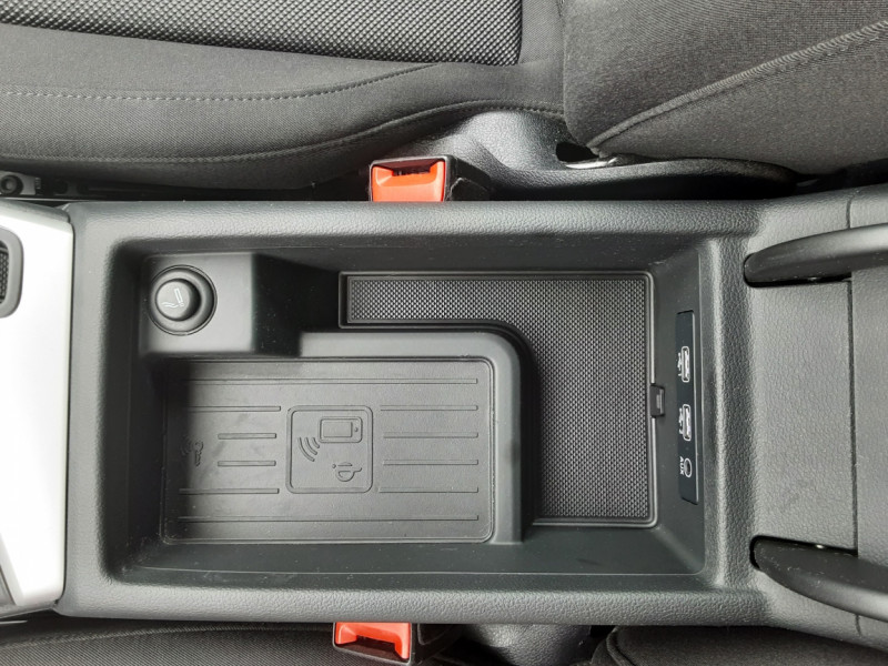 Photo 49 de l'offre de AUDI A4 AVANT  2.0 TDI 150 Business Line à 18900€ chez Centrale auto marché Périgueux