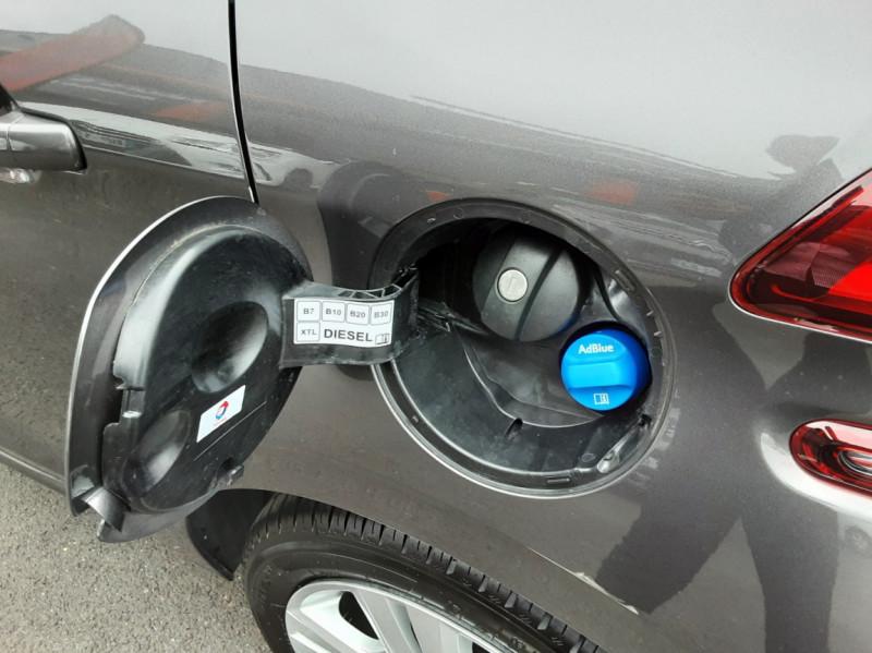 Photo 26 de l'offre de PEUGEOT 208 208 BlueHDi 100ch SetS BVM5 Signature à 13990€ chez Centrale auto marché Périgueux