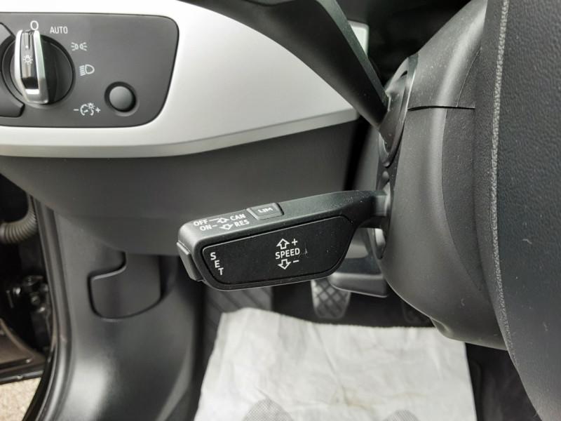 Photo 28 de l'offre de AUDI A4 AVANT  2.0 TDI 150 Business Line à 18900€ chez Centrale auto marché Périgueux