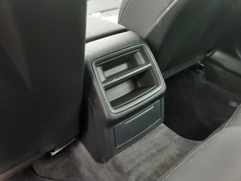 Photo 31 de l'offre de AUDI A4 AVANT  2.0 TDI 150 Business Line à 18900€ chez Centrale auto marché Périgueux