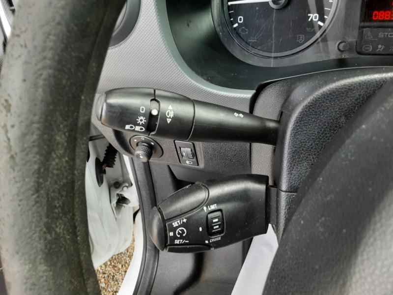 Photo 28 de l'offre de CITROEN BERLINGO 20 L1 e-HDi 90 CLUB à 9700€ chez Centrale auto marché Périgueux