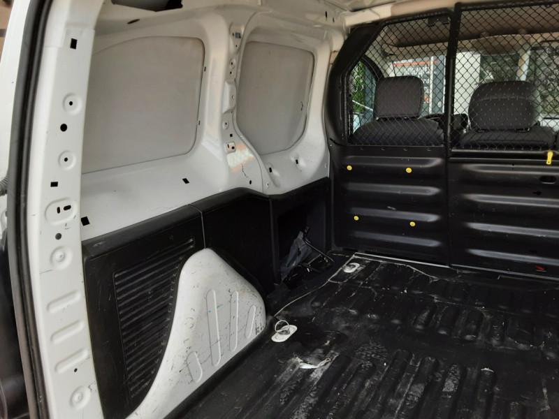 Photo 14 de l'offre de CITROEN BERLINGO 20 L1 e-HDi 90 CLUB à 9700€ chez Centrale auto marché Périgueux