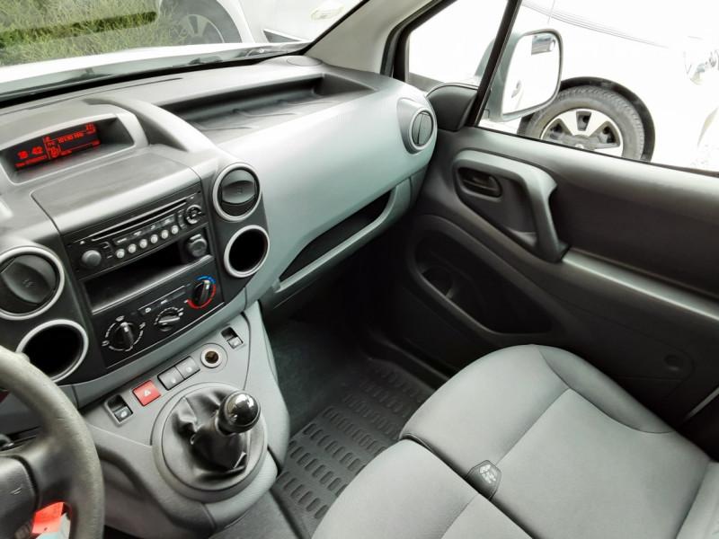 Photo 24 de l'offre de CITROEN BERLINGO 20 L1 e-HDi 90 CLUB à 9700€ chez Centrale auto marché Périgueux