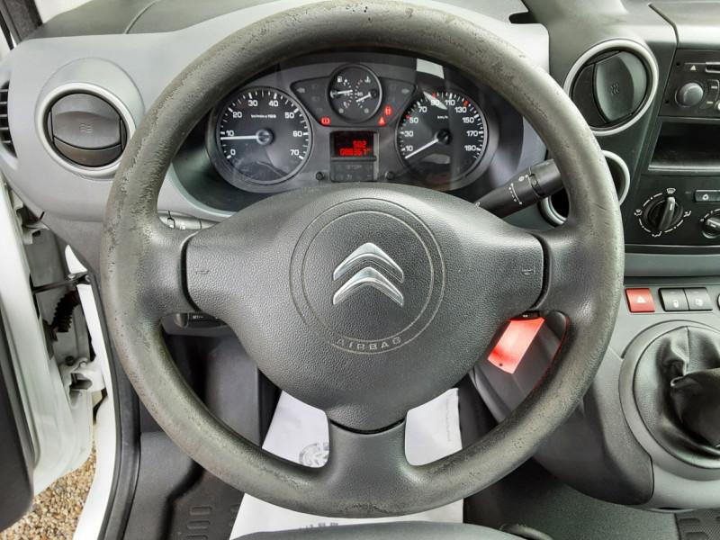 Photo 8 de l'offre de CITROEN BERLINGO 20 L1 e-HDi 90 CLUB à 9700€ chez Centrale auto marché Périgueux