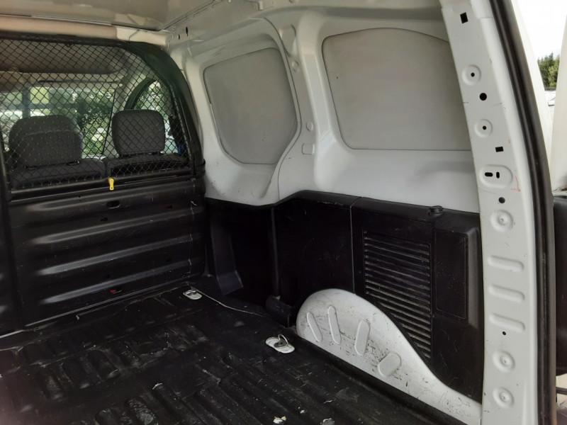 Photo 19 de l'offre de CITROEN BERLINGO 20 L1 e-HDi 90 CLUB à 9700€ chez Centrale auto marché Périgueux
