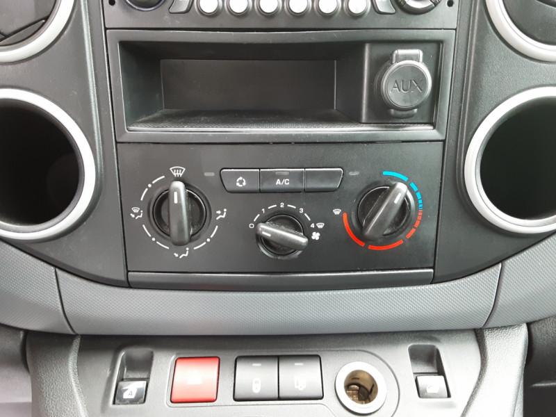 Photo 43 de l'offre de CITROEN BERLINGO 20 L1 e-HDi 90 CLUB à 9700€ chez Centrale auto marché Périgueux