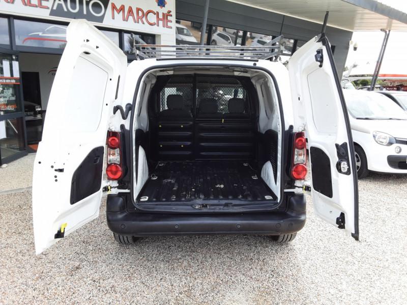 Photo 15 de l'offre de CITROEN BERLINGO 20 L1 e-HDi 90 CLUB à 9700€ chez Centrale auto marché Périgueux