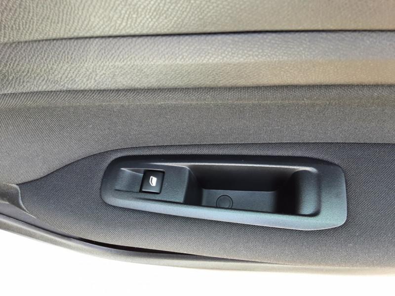 Photo 43 de l'offre de PEUGEOT 308 BlueHDi 130ch SetS BVM6 Active Business à 12900€ chez Centrale auto marché Périgueux