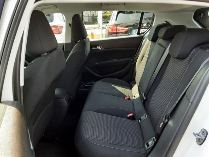 Photo 18 de l'offre de PEUGEOT 308 BlueHDi 130ch SetS BVM6 Active Business à 12900€ chez Centrale auto marché Périgueux
